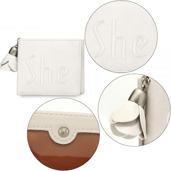 AGP1104 - Ivory Trifold Purse / Wallet With Charm