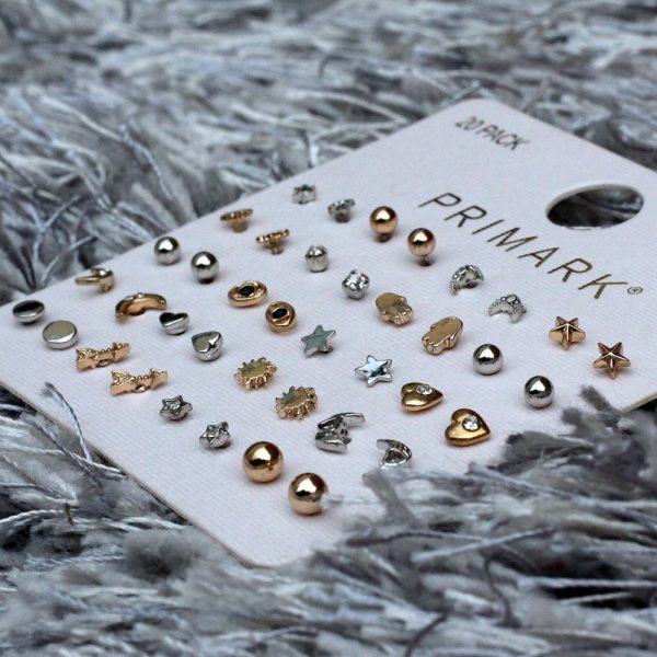 primark-20-pack-earrings